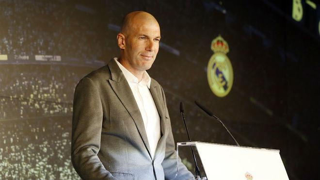 https: img-k.okeinfo.net content 2019 04 04 46 2038865 madrid-kalah-dari-valencia-zidane-pikirkan-musim-depan-xN70drUaii.jpg