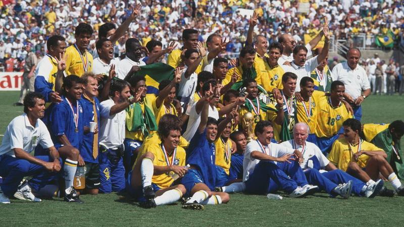https: img-k.okeinfo.net content 2019 04 05 51 2039596 siapa-sangka-ada-nama-ronaldo-di-daftar-skuad-brasil-saat-juara-piala-dunia-1994-70kGsP6mFF.jpg
