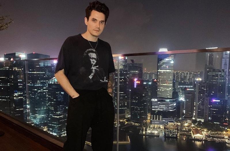 https: img-k.okeinfo.net content 2019 04 06 205 2039744 pesta-flashlight-dan-gravity-tutup-manis-konser-john-mayer-di-indonesia-OhWh6EQLRh.jpg