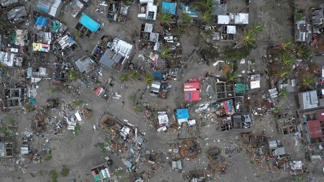 https: img-k.okeinfo.net content 2019 04 07 18 2040137 843-orang-tewas-akibat-topan-idai-terjang-mozambik-zimbabwe-dan-malawi-0P7VdvaEUD.jpg