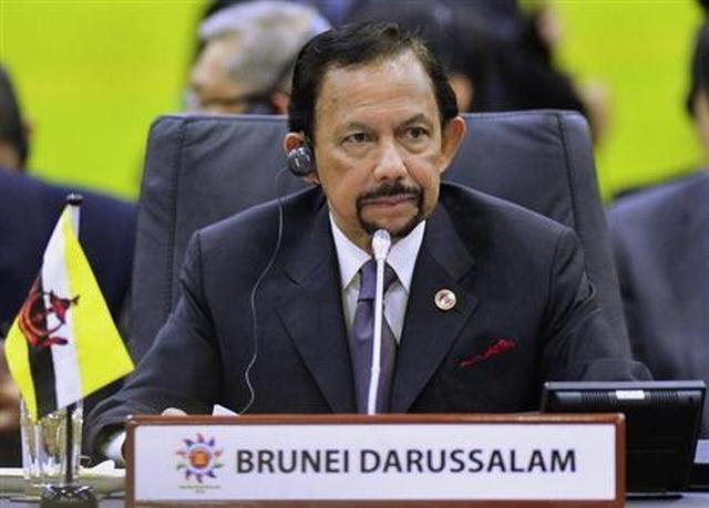 https: img-k.okeinfo.net content 2019 04 07 18 2040151 terapkan-rajam-mati-untuk-lgbt-sultan-brunei-dinilai-tiru-isis-AhpyTjzQ6W.jpg