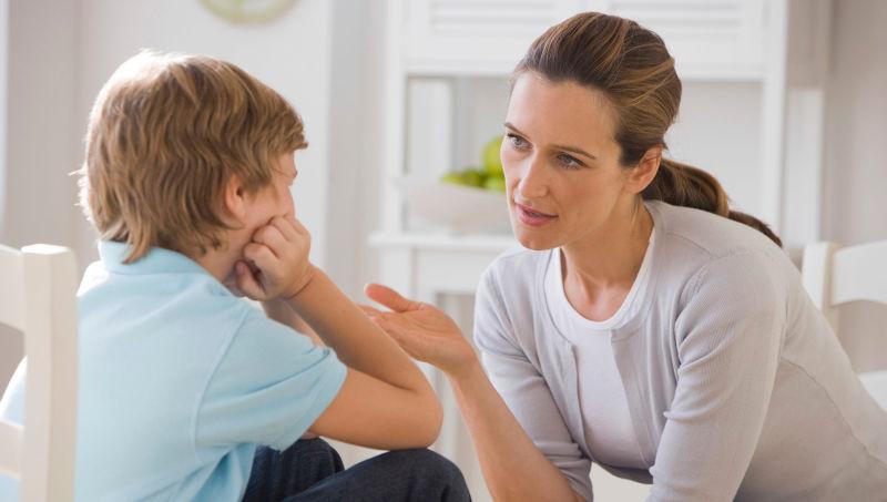 https: img-k.okeinfo.net content 2019 04 08 196 2040718 dampak-negatif-pada-anak-jika-merasa-orangtuanya-pilih-kasih-U9vWEmHXbt.jpg