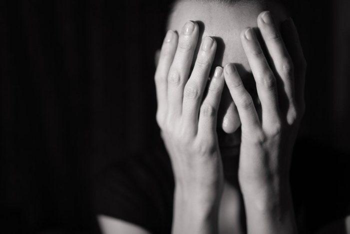 https: img-k.okeinfo.net content 2019 04 10 481 2041551 8-trauma-fisik-dan-mental-akibat-kekerasan-seksual-3vLykv10id.jpg