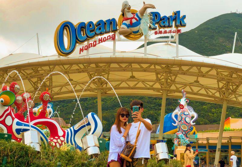 https: img-k.okeinfo.net content 2019 04 14 406 2043420 berpetualang-seru-di-ocean-park-hong-kong-taman-bermain-super-lengkap-ANDU0v53cm.jpg