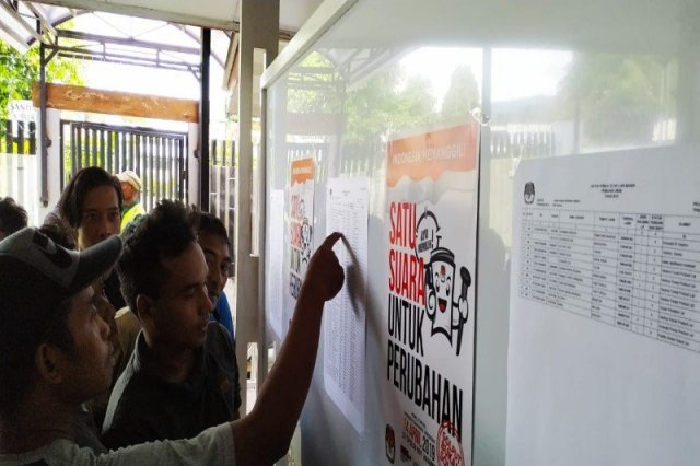 https: img-k.okeinfo.net content 2019 04 14 605 2043447 pemilu-jadi-ajang-silaturahmi-tki-di-vanimo-papua-nugini-gEgm3az5Au.jpg