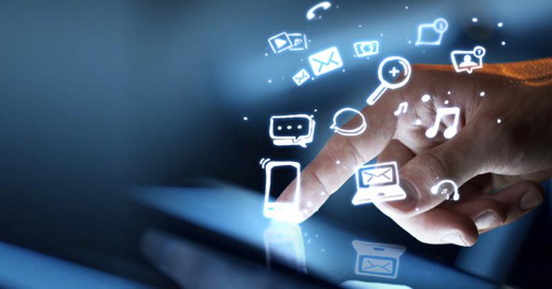 https: img-k.okeinfo.net content 2019 04 15 207 2043698 intip-perkembangan-media-dan-tren-baru-masyarakat-digital-RRH6nplPVc.jpg