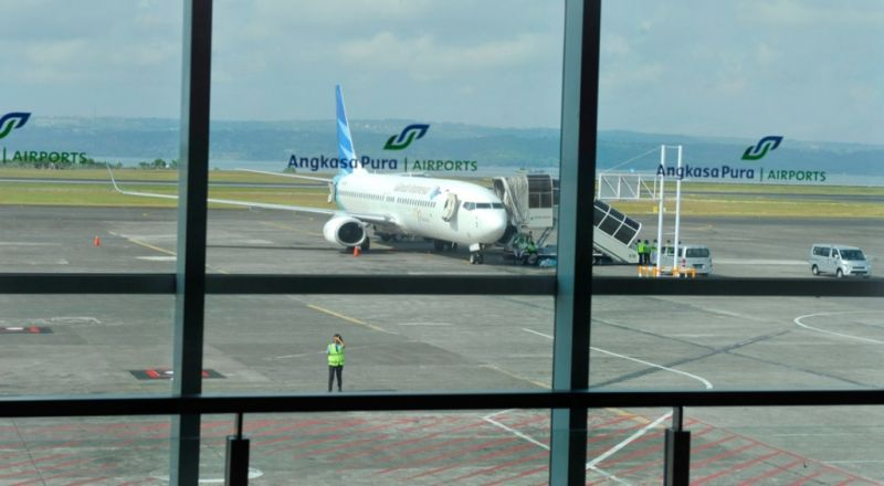 https: img-k.okeinfo.net content 2019 04 15 320 2043841 runway-3-bandara-soekarno-hatta-rampung-juni-Wo1TRfkvrg.jpg