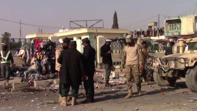 https: img-k.okeinfo.net content 2019 04 16 18 2043965 serangan-saat-pesta-pernikahan-di-afghanistan-5-tewas-dan-15-terluka-Yjz4nA149F.jpg