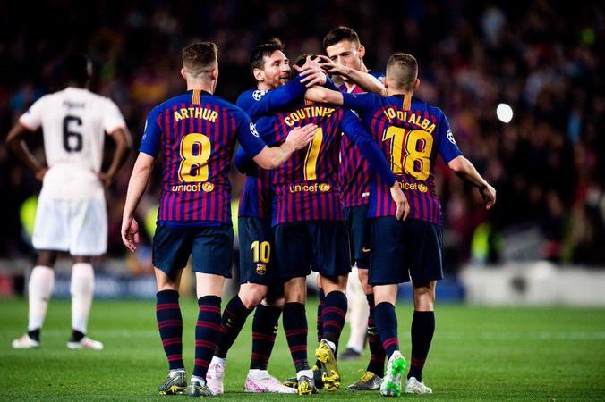 https: img-k.okeinfo.net content 2019 04 17 261 2044633 singkirkan-man-united-pelatih-barcelona-bidik-trofi-liga-champions-oSaOw2WBXF.jpg