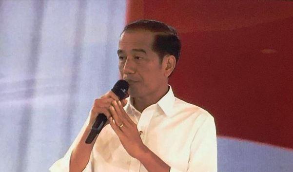 https: img-k.okeinfo.net content 2019 04 23 337 2047067 jokowi-buka-kongres-ikatan-notaris-indonesia-secara-simbolik-di-istana-bogor-fwjXKLg1oO.JPG