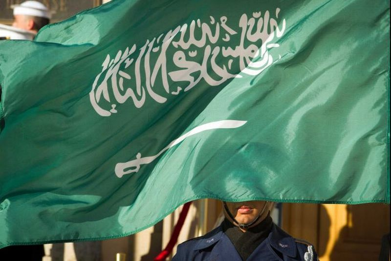 https: img-k.okeinfo.net content 2019 04 24 18 2047292 terbesar-sejak-2006-arab-saudi-penggal-37-orang-karena-terorisme-dalam-sehari-sDYgtT4W7N.jpg