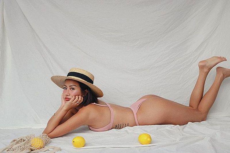 https: img-k.okeinfo.net content 2019 04 24 194 2047644 carina-linn-perawat-seksi-yang-doyan-foto-bikinian-Pc0c1O4oTl.jpg