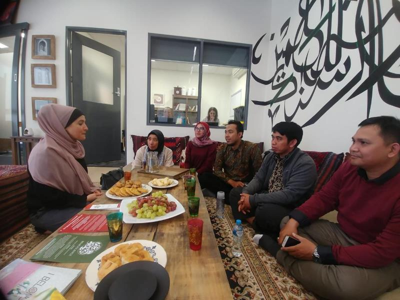 https: img-k.okeinfo.net content 2019 04 24 65 2047578 cerita-seru-pengalaman-peserta-pertukaran-tokoh-muda-muslim-indonesia-di-australia-WA21wjffy5.jpeg