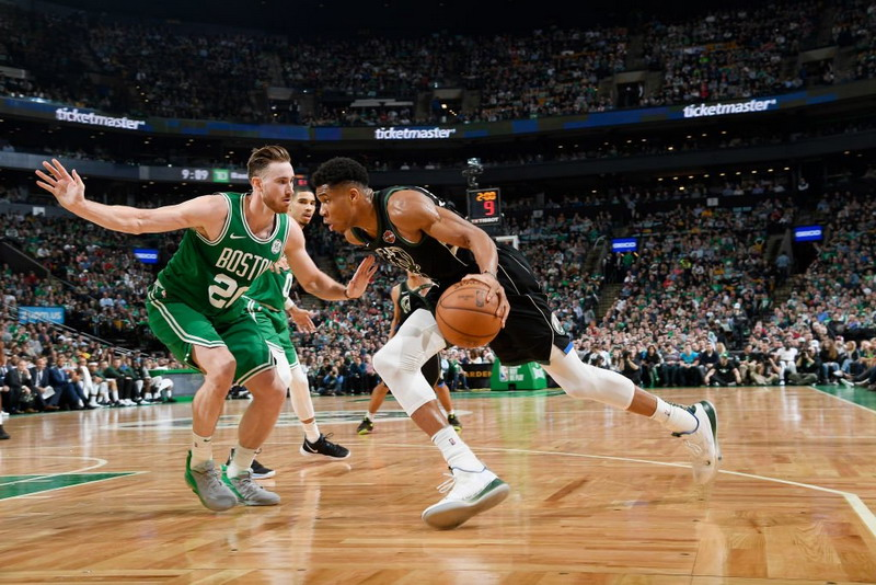 https: img-k.okeinfo.net content 2019 04 27 36 2048725 pelatih-milwaukee-bucks-akui-boston-celtics-bukan-lawan-yang-mudah-9Yz7suXxZU.jpg