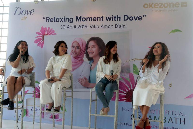 https: img-k.okeinfo.net content 2019 04 30 196 2049960 serunya-relaxing-moment-with-dove-bersama-agnes-oryza-dan-silvia-kurnia-dewi-HmenubQuzf.jpg