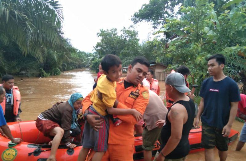 https: img-k.okeinfo.net content 2019 05 03 340 2050986 pemprov-bengkulu-cek-kondisi-sungai-usai-masa-tanggap-darurat-banjir-LMQnuZTInk.jpg