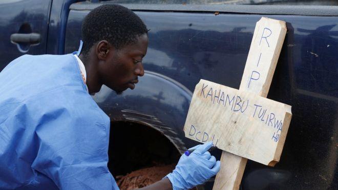 https: img-k.okeinfo.net content 2019 05 04 18 2051459 wabah-ebola-di-rd-kongo-telah-tewaskan-1-000-orang-qswOJB1gdS.jpg