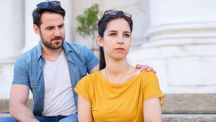 7 alasan kenapa cowok lebih tertarik dengan wanita yang jual mahal.