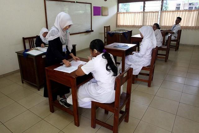 https: img-k.okeinfo.net content 2019 05 11 65 2054384 guru-didorong-bersertifikat-uji-kemahiran-berbahasa-indonesia-DDehx3mVyP.jpg