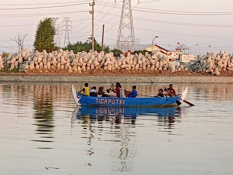 https: img-k.okeinfo.net content 2019 05 14 512 2055312 drama-penggusuran-kampung-nelayan-tambakrejo-bakal-disulap-jadi-ikon-wisata-b5138BpeAU.jpg