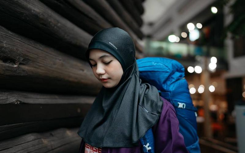 https: img-k.okeinfo.net content 2019 05 14 617 2055497 hijab-sport-manjakan-wanita-muslim-berjiwa-petualang-zpmqWKhOyQ.jpg