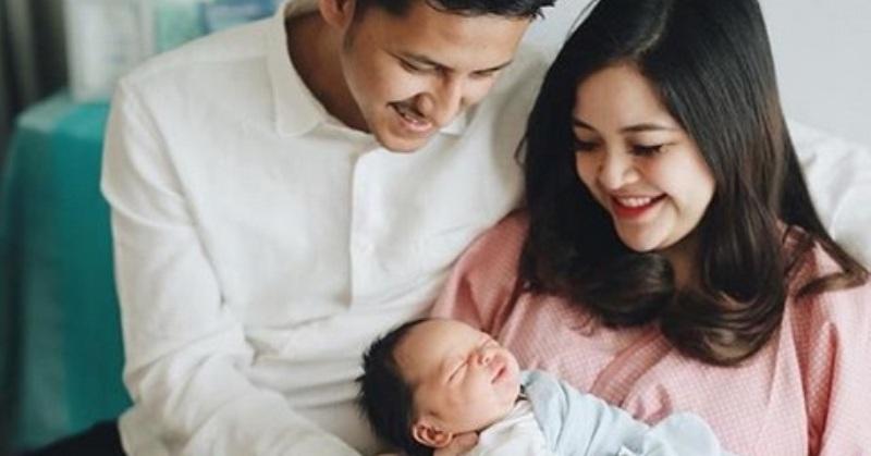 https: img-k.okeinfo.net content 2019 05 16 33 2056340 melahirkan-putra-pertama-tasya-kamila-diinduksi-sampai-4-kali-gGTMr5OWZc.jpg