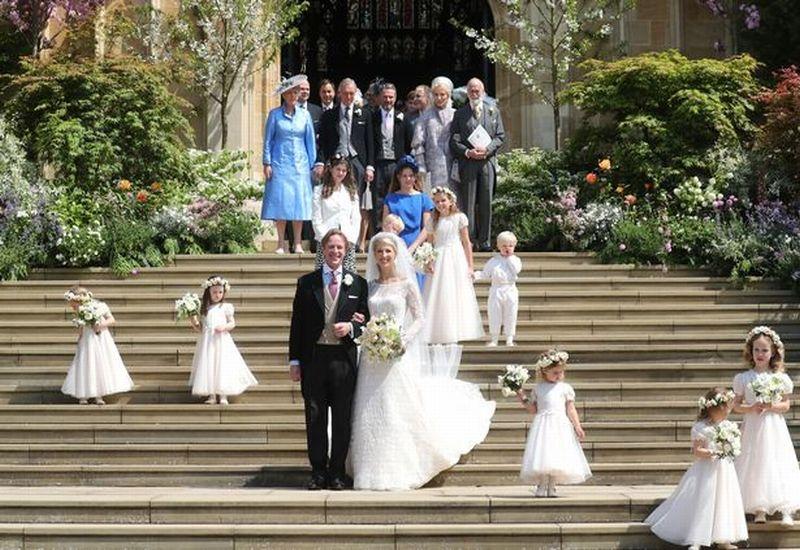 https: img-k.okeinfo.net content 2019 05 19 196 2057484 berbalut-gaun-putih-lady-gabriella-windsor-menikahi-thomas-kingston-XTyuD69Vh9.jpg