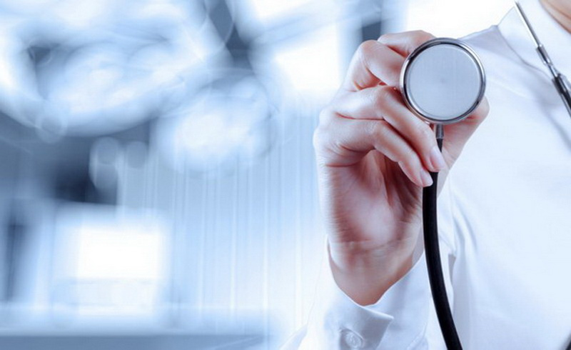 https: img-k.okeinfo.net content 2019 05 20 481 2057885 profesi-dokter-di-tengah-gejolak-bangsa-politisasi-kesehatan-vs-politik-kesehatan-wiSF4ONFol.jpg