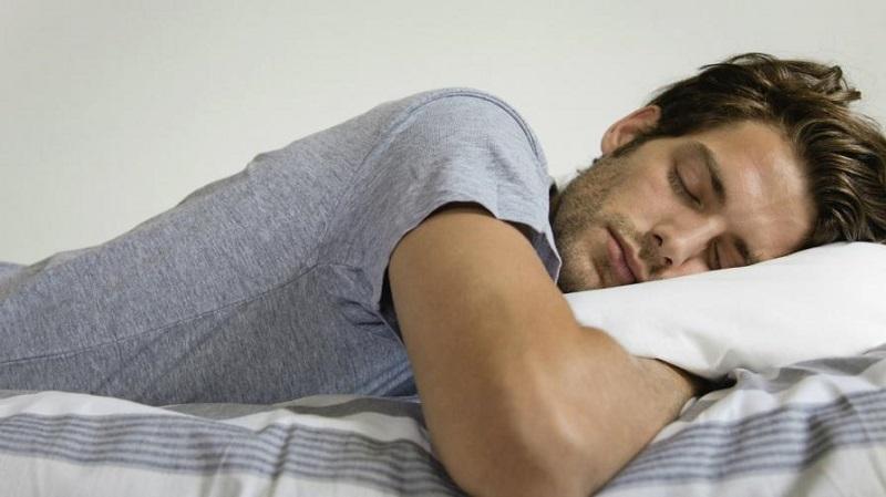 https: img-k.okeinfo.net content 2019 05 20 614 2057767 bolehkah-begadang-dan-tidur-seharian-saat-puasa-WDX8AoncLN.jpg