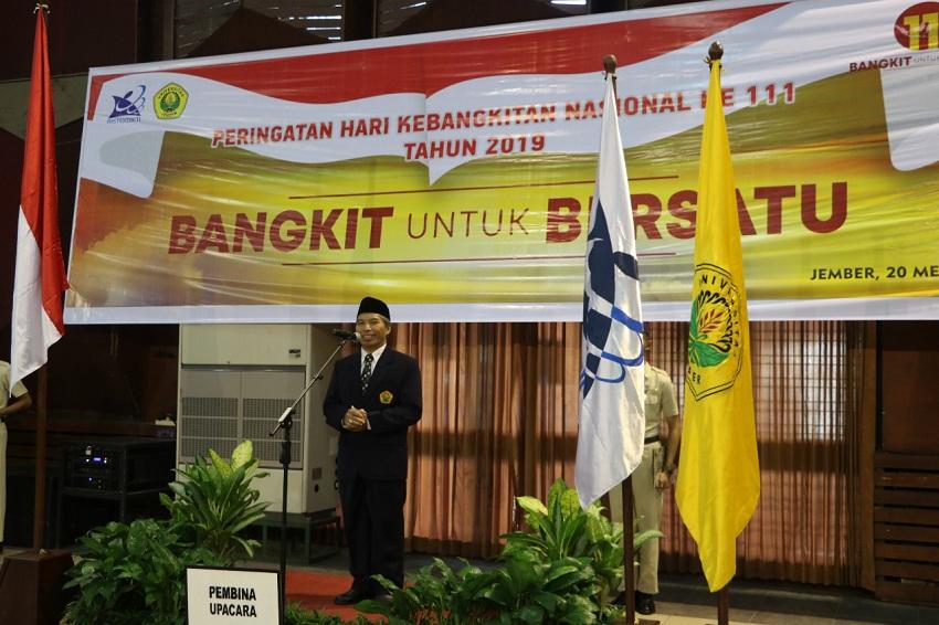https: img-k.okeinfo.net content 2019 05 20 65 2057959 rektor-unej-jadikan-harkitnas-sebagai-kebangkitan-persatuan-indonesia-er00zIvB41.jpeg