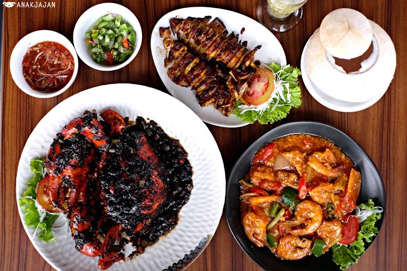 https: img-k.okeinfo.net content 2019 05 22 298 2059049 makan-malam-nikmat-dengan-seafood-khas-makassar-spVkQ55nEw.jpg