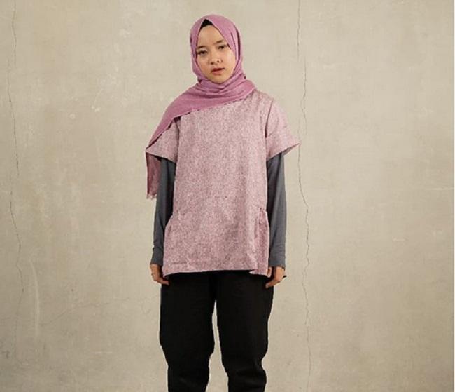 https: img-k.okeinfo.net content 2019 05 23 194 2059540 5-gaya-hijab-anti-ribet-ala-nissa-sabyan-hingga-zaskia-mecca-cocok-untuk-liburan-MReEU52ue9.jpg