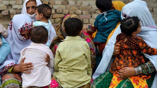 https: img-k.okeinfo.net content 2019 05 23 481 2059553 ratusan-anak-di-pakistan-terjangkit-wabah-hiv-vAGj2ajmuk.jpg