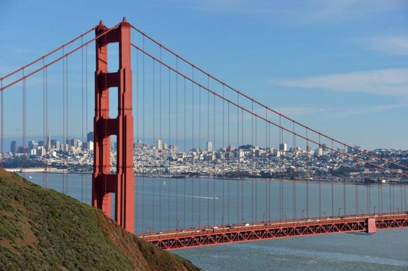 https: img-k.okeinfo.net content 2019 05 27 337 2060703 peristiwa-27-mei-jembatan-golden-gate-dibuka-hingga-lumpur-lapindo-mulai-genangi-sidoarjo-2H4F1ef18P.jpg
