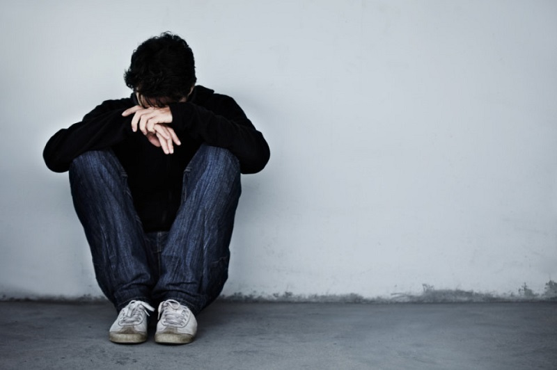 https: img-k.okeinfo.net content 2019 05 27 481 2060668 mengapa-banyak-anak-muda-mengalami-masalah-kesehatan-mental-aXOFZN9tF6.jpg