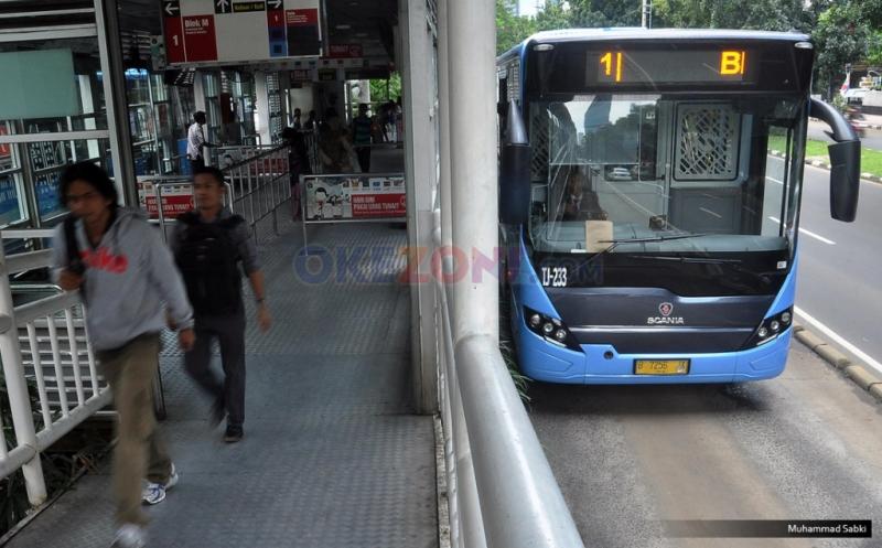 https: img-k.okeinfo.net content 2019 06 12 338 2065487 transjakarta-angkut-3-5-juta-penumpang-selama-libur-lebaran-hhyEMcsRYr.jpg