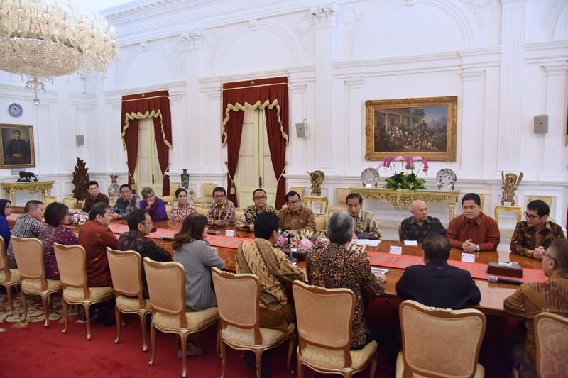 https: img-k.okeinfo.net content 2019 06 13 320 2066044 bertemu-apindo-dan-hippindo-presiden-jokowi-singgung-defisit-neraca-dagang-Ten7vD7haZ.jpg