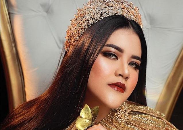 https: img-k.okeinfo.net content 2019 06 14 194 2066560 kahiyang-ayu-manglingi-saat-photoshoot-netizen-sebut-mirip-nagita-slavina-hingga-raisa-1n7KY4ORjf.jpg