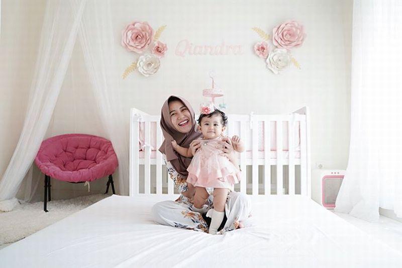 https: img-k.okeinfo.net content 2019 06 17 194 2067567 gaya-modis-hijab-kekinian-ala-ryana-dea-jy3MpvAVVO.jpg