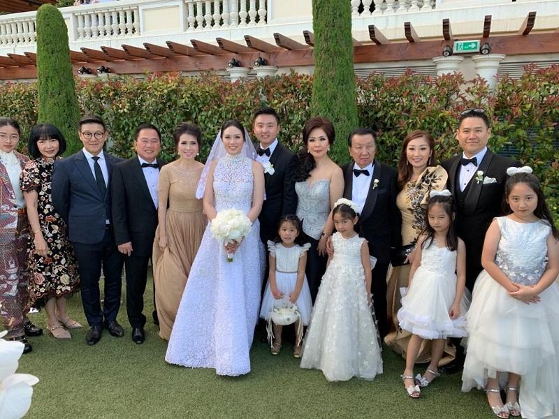 https: img-k.okeinfo.net content 2019 06 18 196 2067654 5-fakta-pernikahan-mewah-anak-putera-sampoerna-tamu-undangan-dapat-hermes-NyYcAGKfFl.jpg