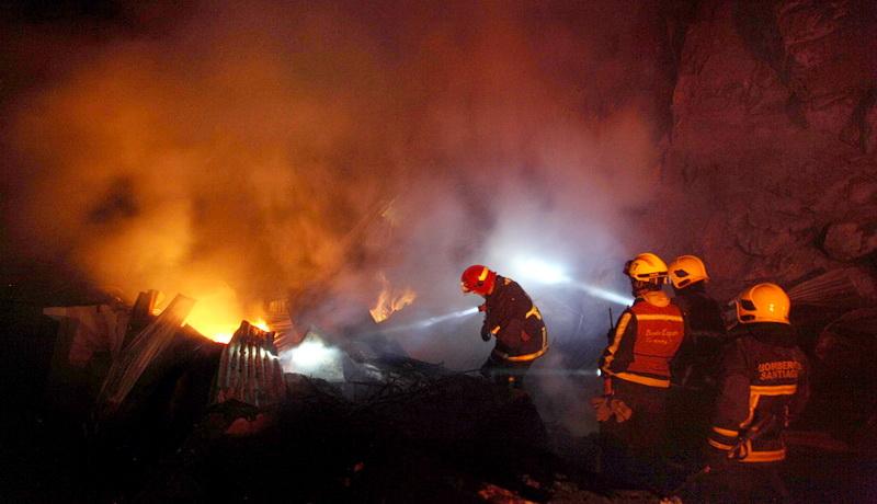 https: img-k.okeinfo.net content 2019 06 21 608 2069363 ada-ibu-dan-anak-yang-tewas-terpanggang-dalam-kebakaran-korek-di-sumut-QP7BESBT4W.jpg