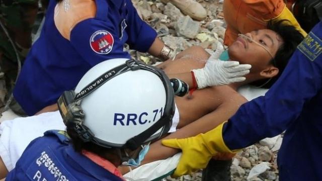 https: img-k.okeinfo.net content 2019 06 25 18 2070605 cerita-korban-selamat-tertimbun-gedung-runtuh-di-kamboja-saya-tidak-punya-harapan-hidup-SalFwvJ0C4.jpg