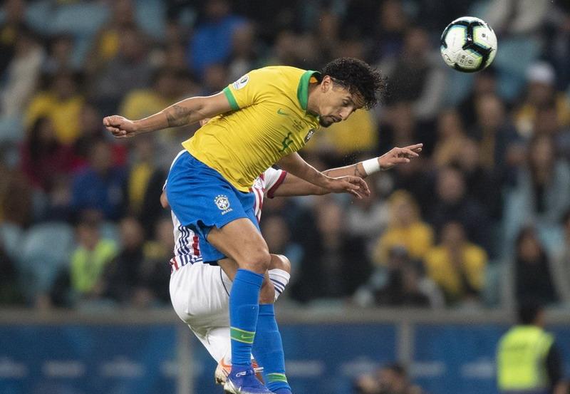 https: img-k.okeinfo.net content 2019 06 28 51 2071975 brasil-vs-paraguay-masih-nihil-gol-di-babak-pertama-klwmqdl6EI.jpg