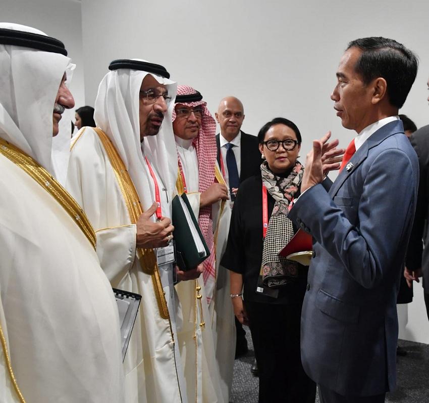https: img-k.okeinfo.net content 2019 06 29 320 2072591 presiden-jokowi-lirik-kerjasama-di-sektor-perumahan-dan-kereta-api-di-arab-saudi-b20LjbVE7B.jpeg