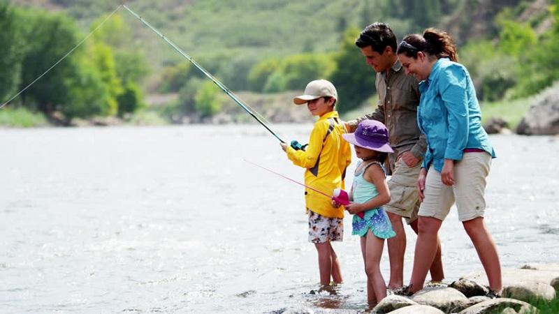 https: img-k.okeinfo.net content 2019 07 02 406 2073869 dorong-wisata-memancing-banggai-international-tuna-fishing-tournament-2019-siap-digelar-zmoE936egQ.jpg