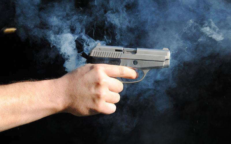 https: img-k.okeinfo.net content 2019 07 04 340 2074450 tembak-warga-hingga-tewas-polisi-di-papua-terancam-dipecat-CFerc5CIeC.jpg