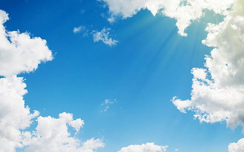 https: img-k.okeinfo.net content 2019 07 11 338 2077358 prediksi-cuaca-di-seluruh-jakarta-hari-ini-akan-cerah-321NpyXPe6.jpg