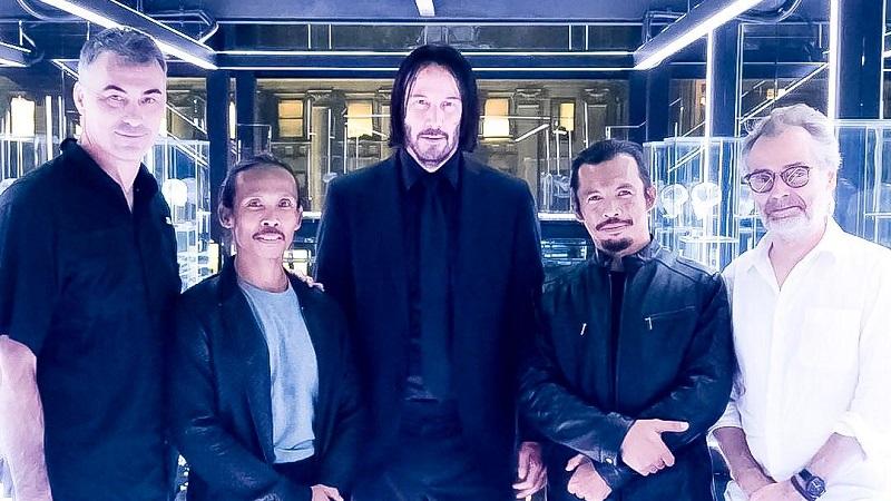 https: img-k.okeinfo.net content 2019 07 14 206 2078659 cecep-arif-rahman-dari-pemain-karambit-menjadi-aktor-laga-hollywood-1DM1ZyMhk7.jpeg