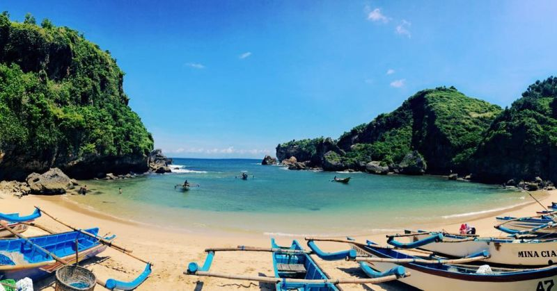 https: img-k.okeinfo.net content 2019 07 16 406 2079429 4-destinasi-pariwisata-indonesia-yang-jadi-super-prioritas-pernah-ke-sana-HvUEQ0A8rp.jpg