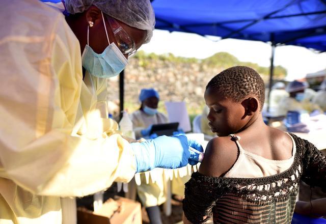 https: img-k.okeinfo.net content 2019 07 18 18 2080551 who-tetapkan-wabah-ebola-kongo-sebagai-darurat-kesehatan-internasional-lR2LTqOjnL.jpg